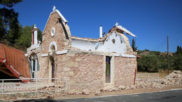 Eingestürzte Kirche auf Kreta nach einem Erdbeben im September 2021.
