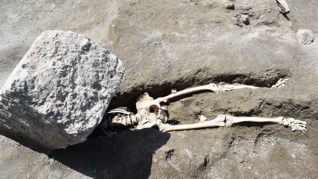 Steinschlag-Mann