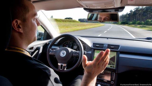 Mensch vs. Maschine: Wer ist der bessere Fahrer?