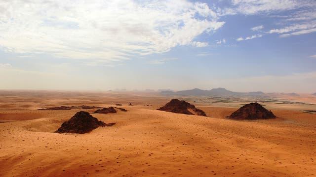 Wüste im Norden Saudi-Arabiens, im Foto die Oase Jubbah.