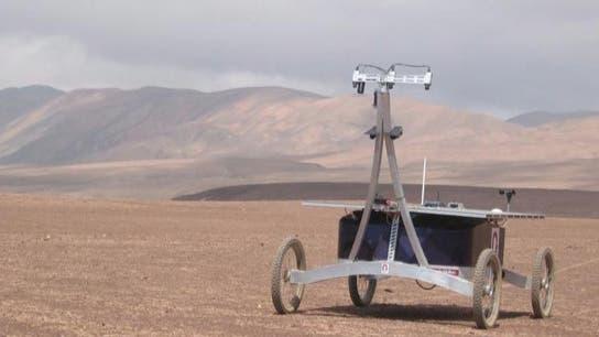 Testrover Zoe in der Atacama-Wüste