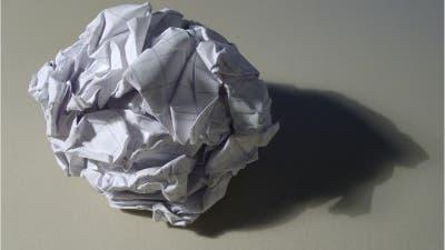 Papierbällchen