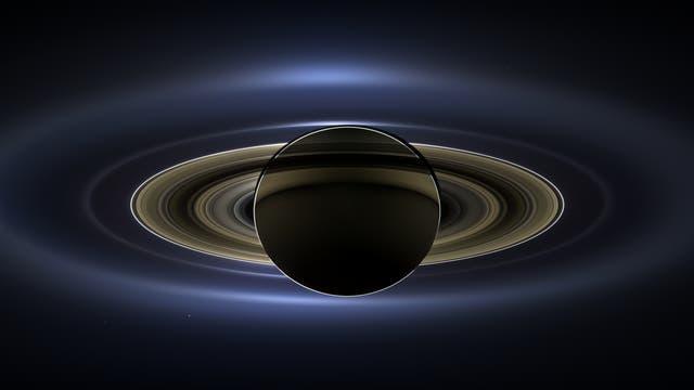 Saturn in Großaufnahme (Bildmosaik)