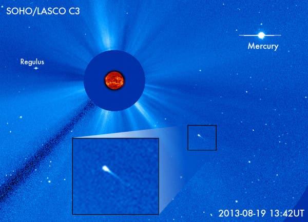 Ein sterbender Komet in Sonnennähe (SoHo-Aufnahme)