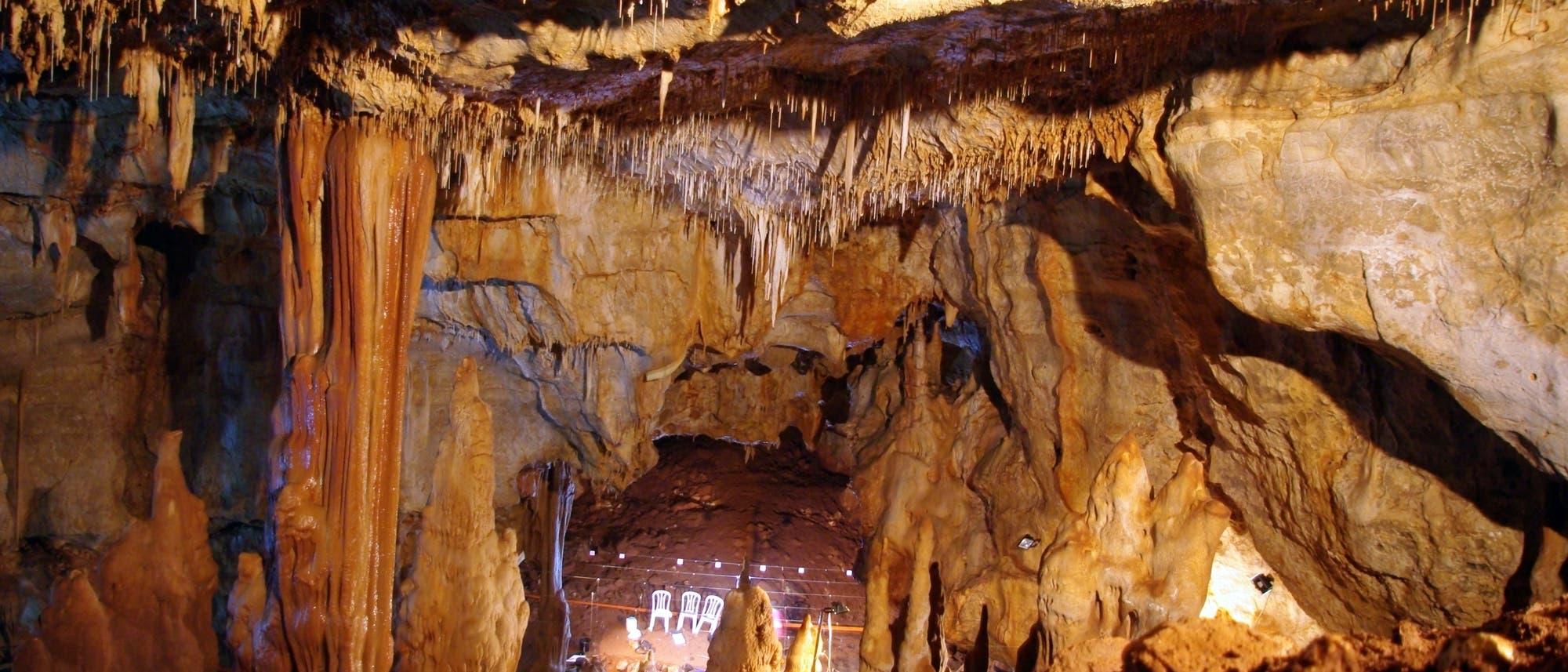 Manot-Höhle