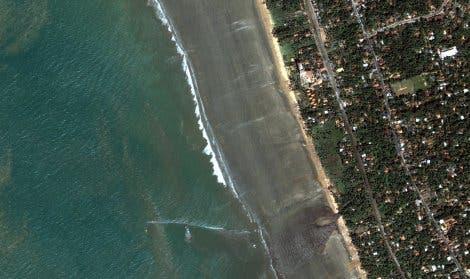 Ansicht der Küste Sri Lankas nach dem Tsunami