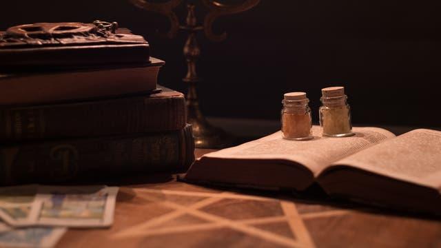 Historische Bücher (Symbolbild)