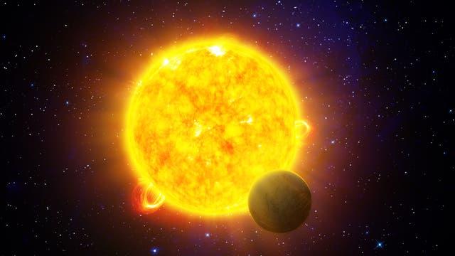 Exoplanet vor seiner Sonne