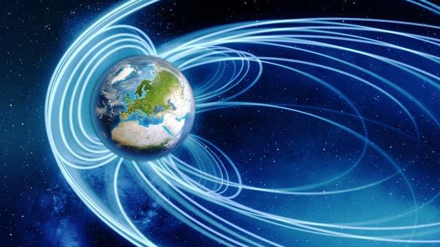 Visualisierung des Erdmagnetfelds