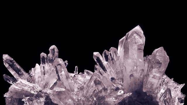 Kristalle, Mineralien und Gesteine