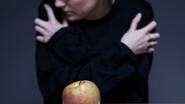 Apfel auf dem Teller