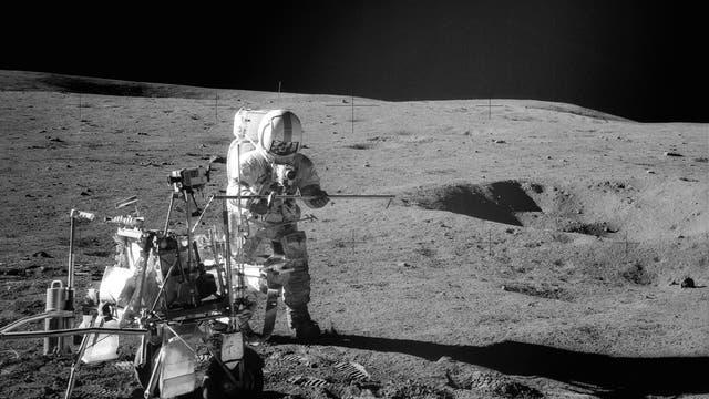 Alan Shepard auf dem Mond