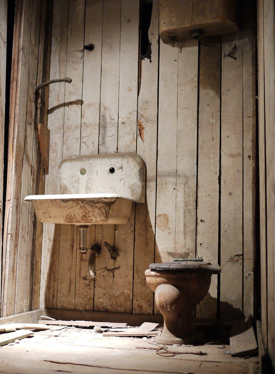 Historische Toilettenanlage