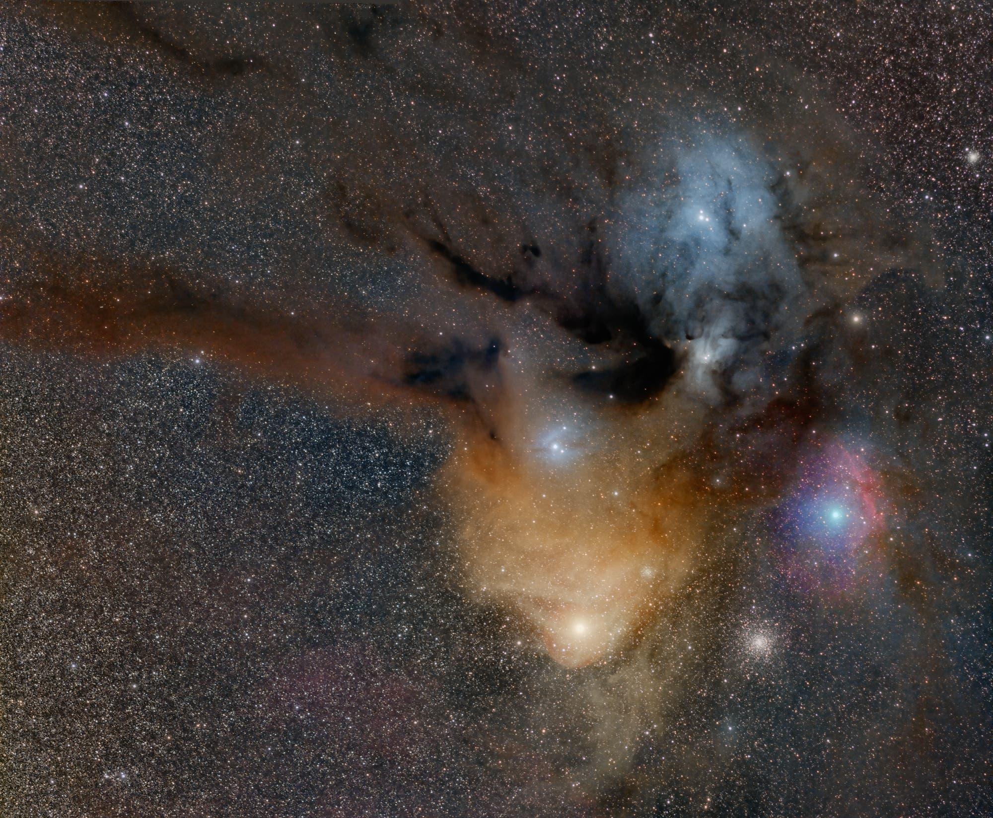 Die Antares-Region im Sternbild Skorpion