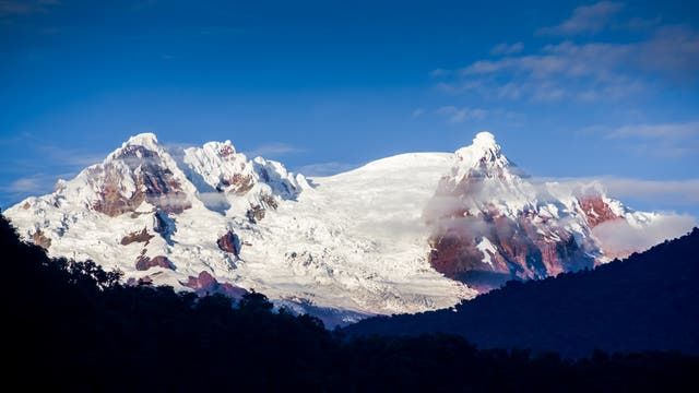 Der Vulkan Antisana in Ecuador
