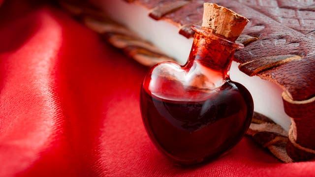 Ein aphrodisierendes Duftwässerchen im Herzfläschchen?