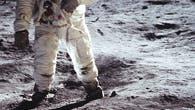 Apollo 11 vertikal