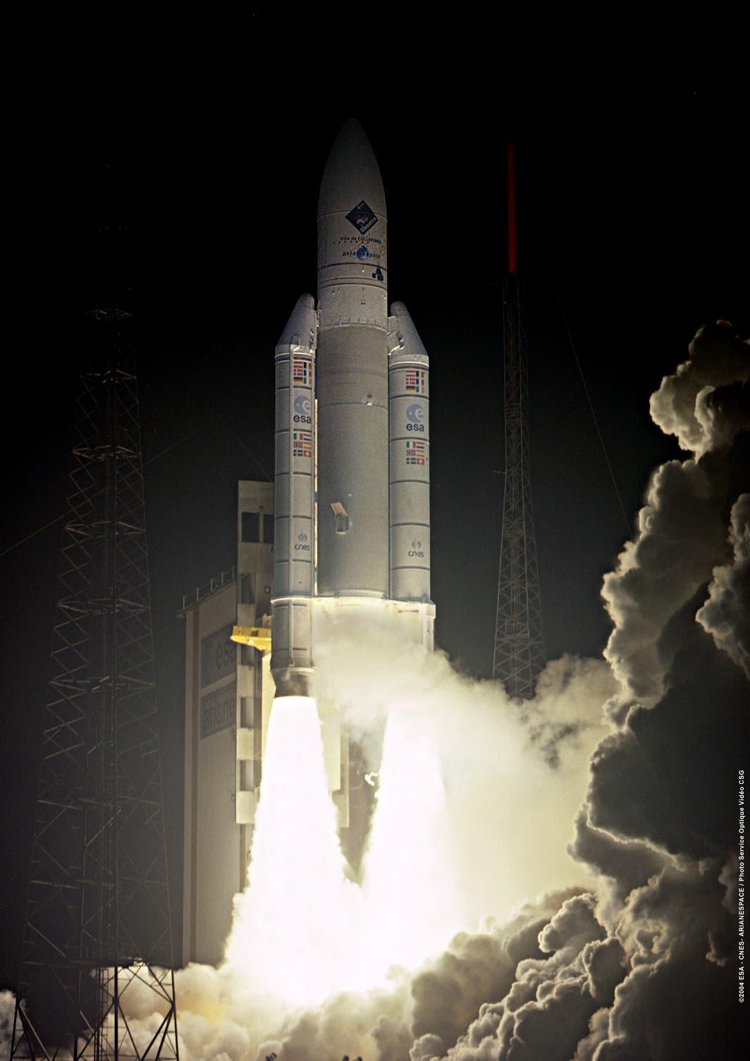 Eine Ariane 5 hebt ab