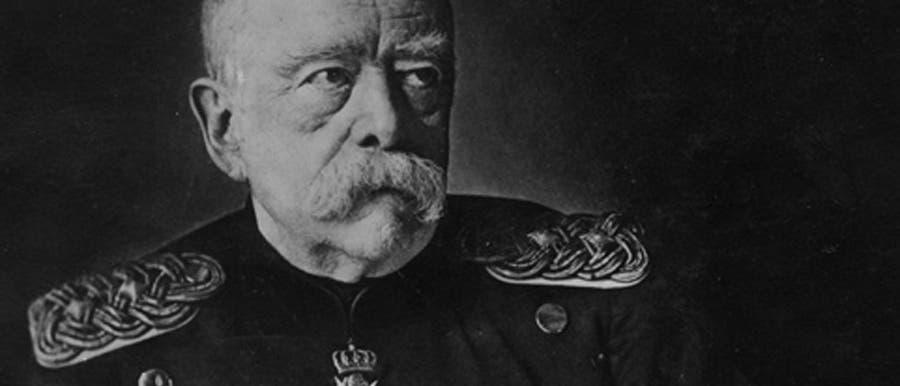 Der Reichskanzler erhält seine Stimme zurück