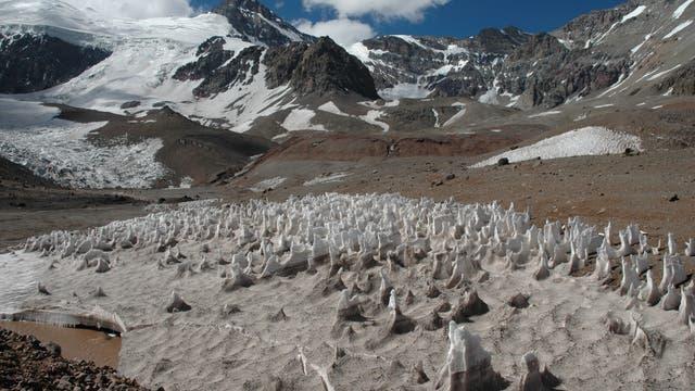 Büßerschnee in den Anden am Aconcagua