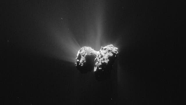 Zu den erfolgreichsten und weltweit wohl am stärksten beachteten Missionen der ESA in der jüngeren Vergangenheit gehört die von Rosetta und ihrer Tochtersonde Philae, die auf dem Kometen 67P gelandet ist.