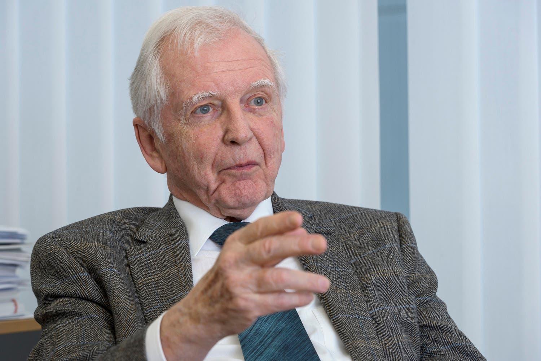 Prof. Dr. med. Dr. h.c. mult. Harald zur Hausen