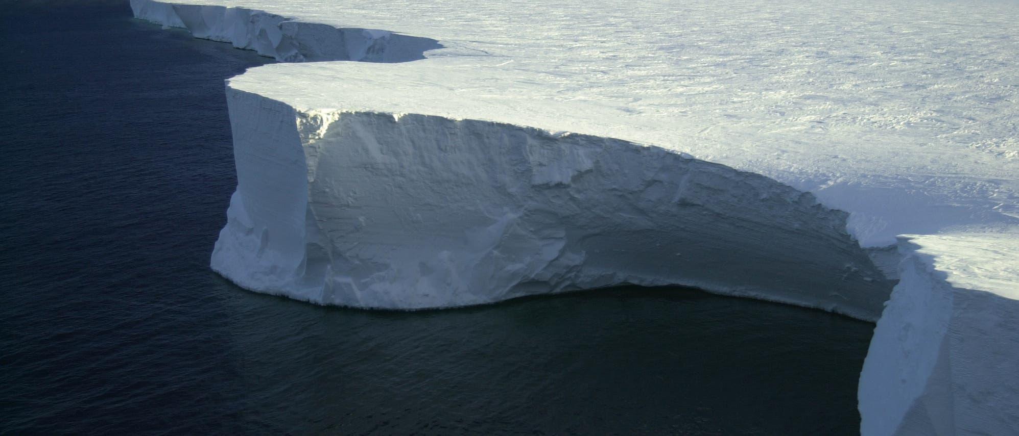 Rieseneisberg in der Antarktis