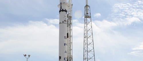Falcon 9 auf der Startrampe
