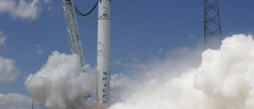 Erste Probezündung der Falcon 9 am 13. März 2010
