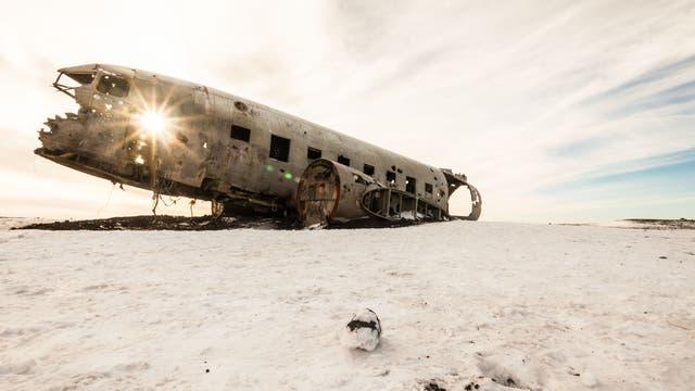 Flugzeugwrack auf Island