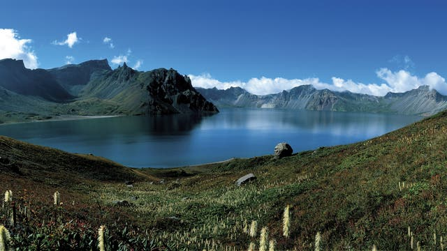 Kratersee des Vulkans Paektu