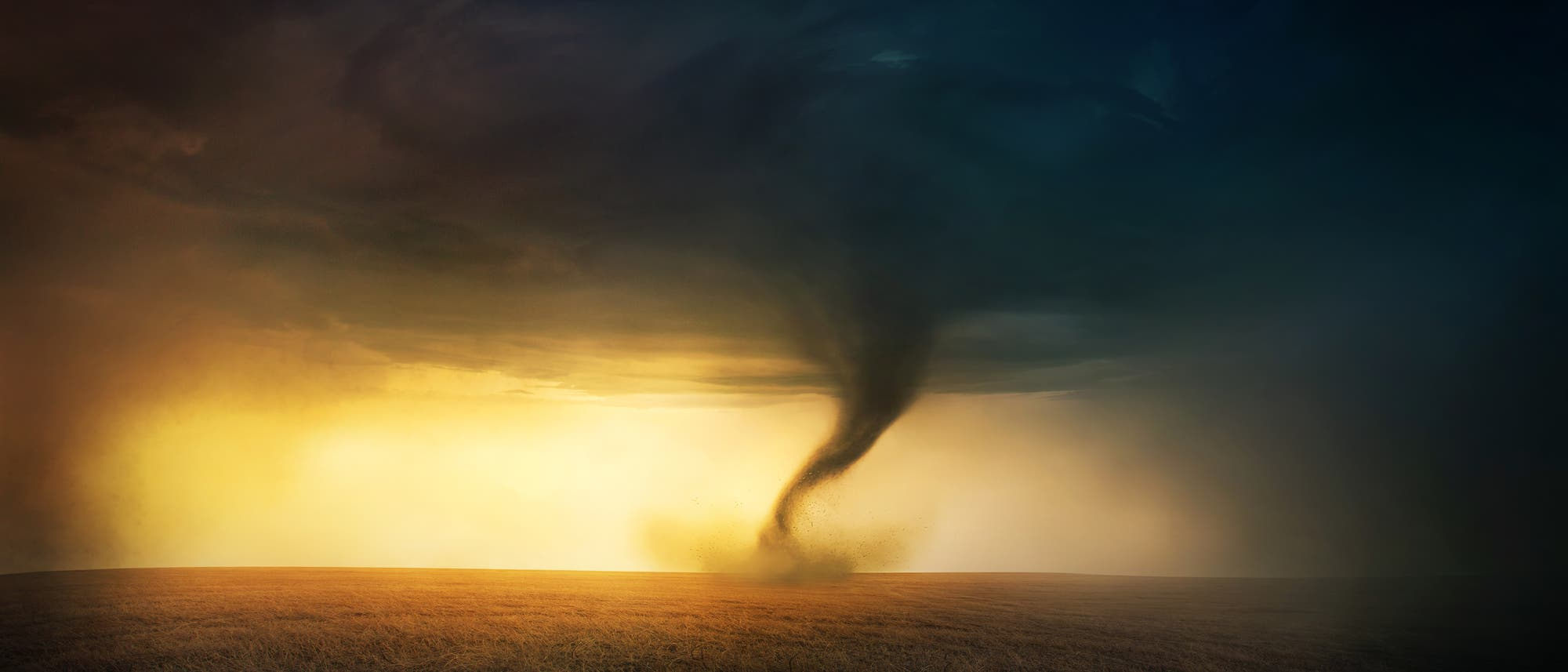 Tornado vor Sonnenuntergang