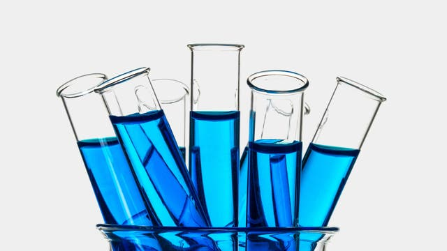 Blaue Reagenzgläser