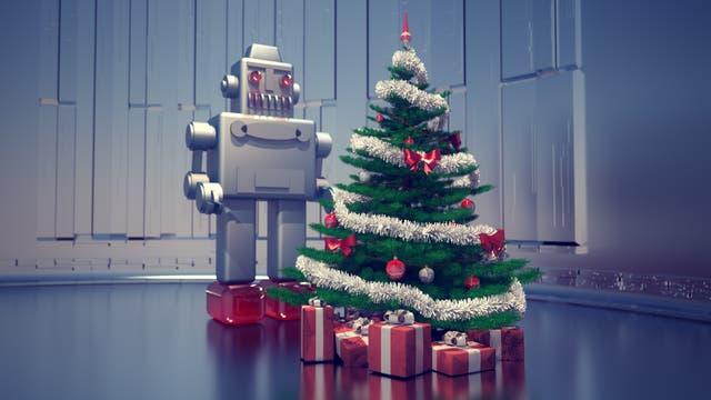 Ein Roboter steht hinter einem Weihnachtsbaum (Illustration)