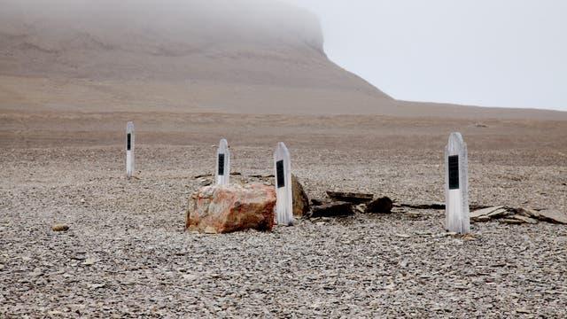 Auf der Beechey-Insel sind drei Besatzungsmitglieder der Franklin-Expedition begraben