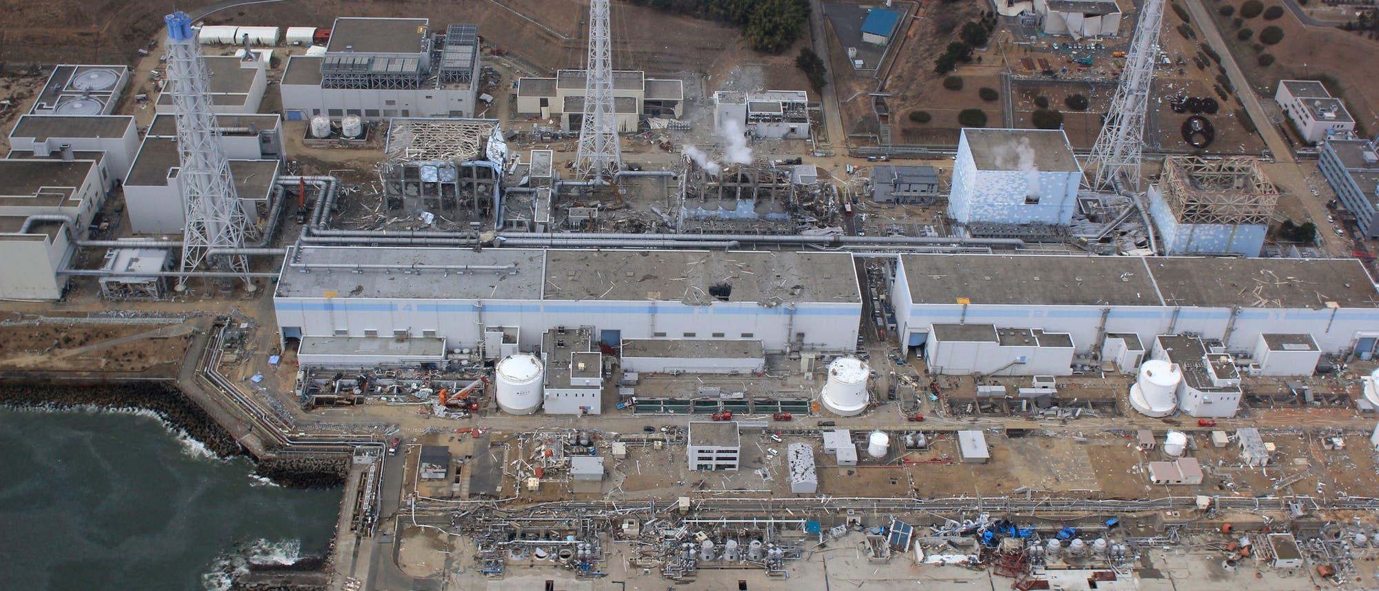 Zerstörte Reaktoren von Fukushima