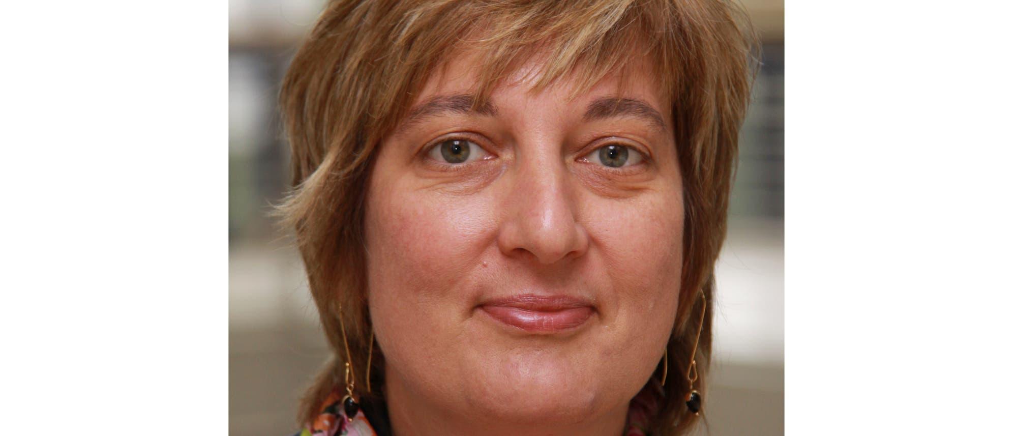 Gabriele Meyer q