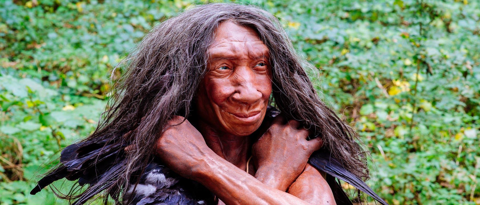 Frühe Europäerin. Modell einer Neandertalerin.