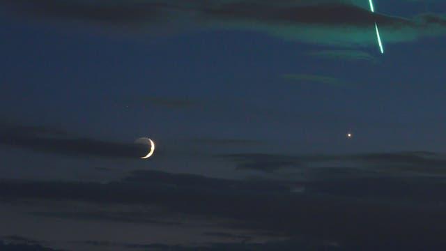 Mond, Venus und Feuerkugel