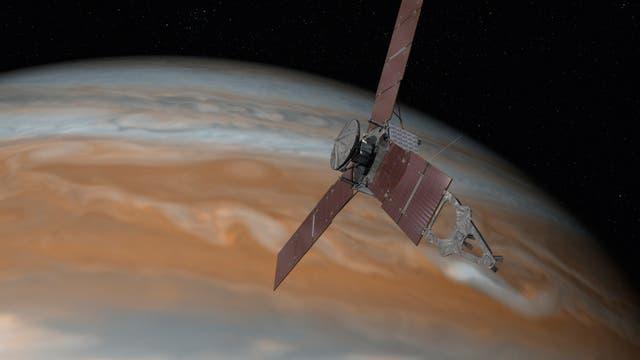 Juno vor Jupiter