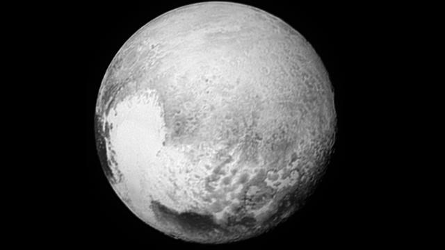 Östlich von Plutos Herzen (Globalbild)