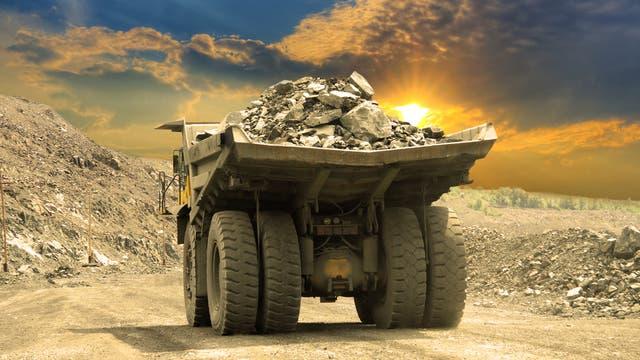 Lastwagen im Tagebau