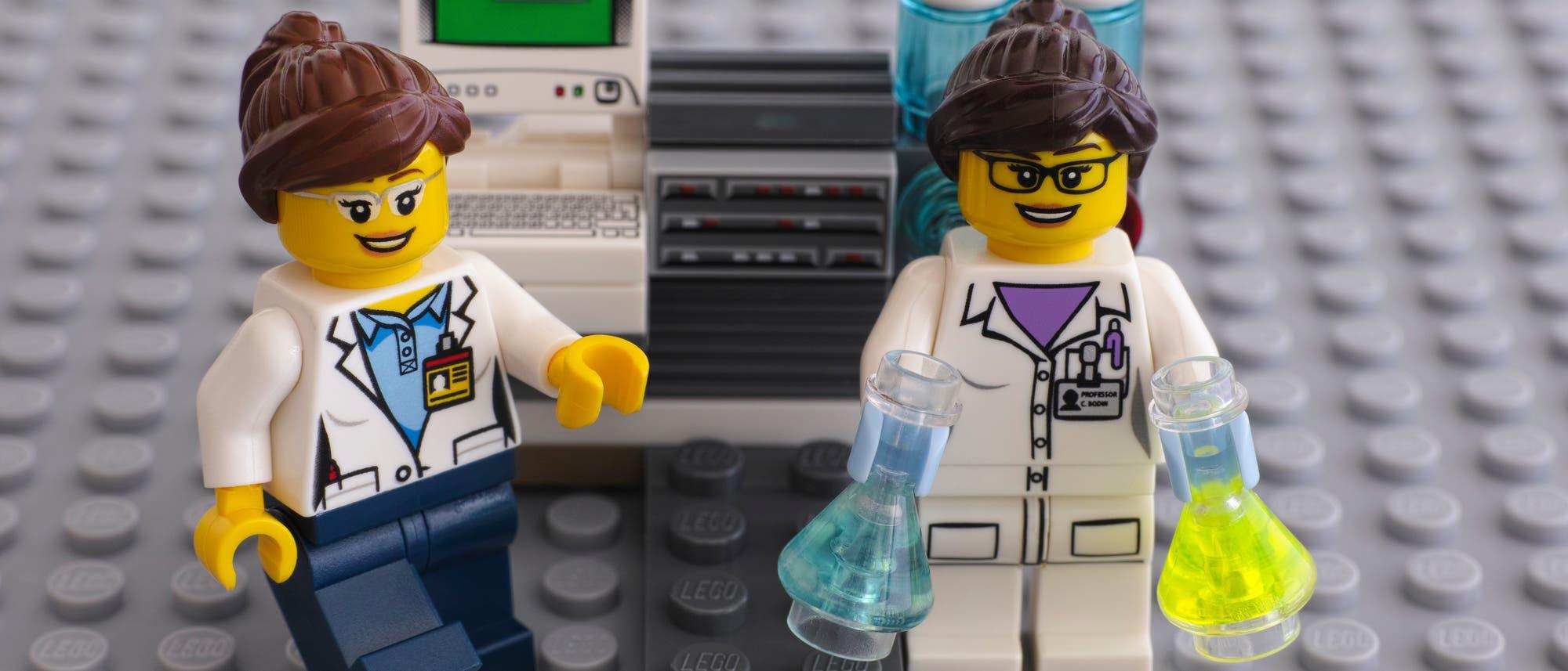Lego-Laborset Chemie. Explosionen nicht im Lieferumfang enthalten