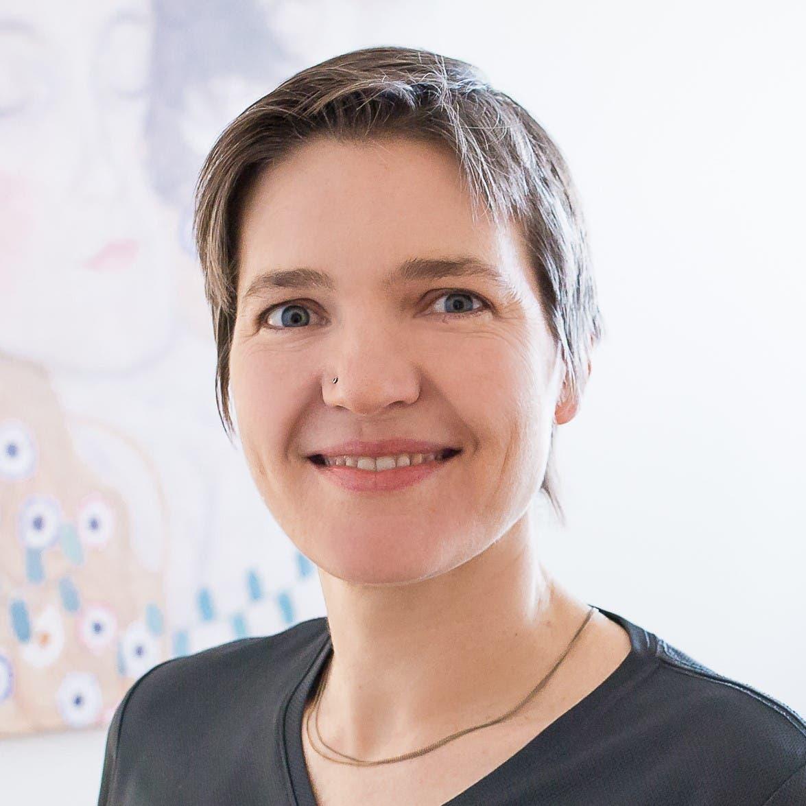 Die Hebamme und zertifizierte Stillberaterin Simone Lehwald ist Mitarbeiterin am Europäischen Institut für Stillen und Laktation.