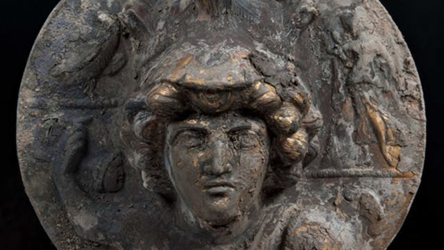 Antike Brunnen geben wertvolle Bronzefunde preis