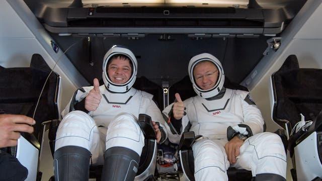 Nach Flug mit einer Kapsel von SpaceX wieder auf der Erde: Robert Behnken und Douglas Hurley