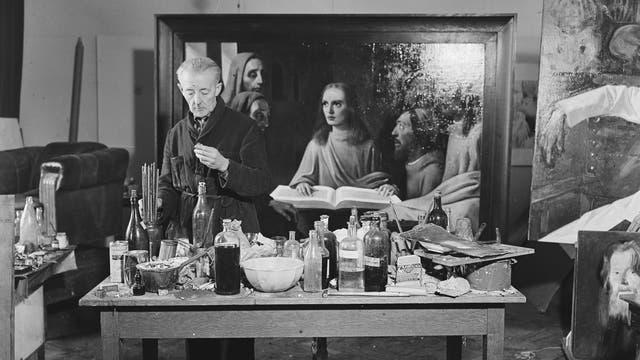 Han van Meegeren malt 1945 sein Beweisstück: den »Christus unter den Schriftgelehrten« im Vermeer-Stil.
