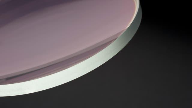 Optische Linse (ohne die Antireflexbeschichtung)
