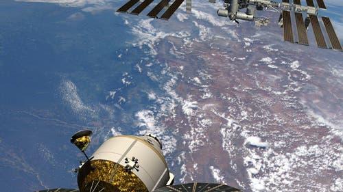Orion-Raumkapsel im Anflug auf die Internationale Raumstation