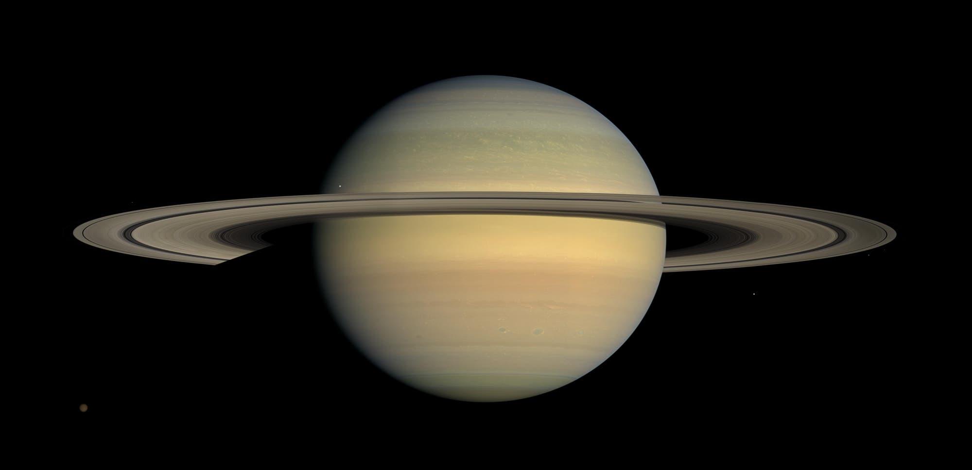 Der Ringplanet Saturn (Cassini-Aufnahme)
